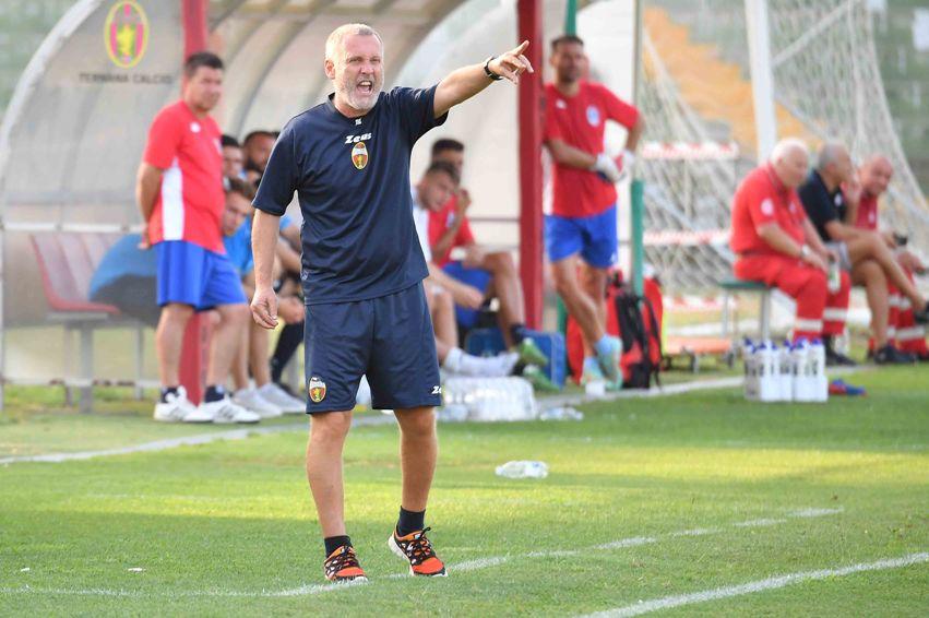 Calcio, Ternana non va, il Venezia gela il Liberati 2-3